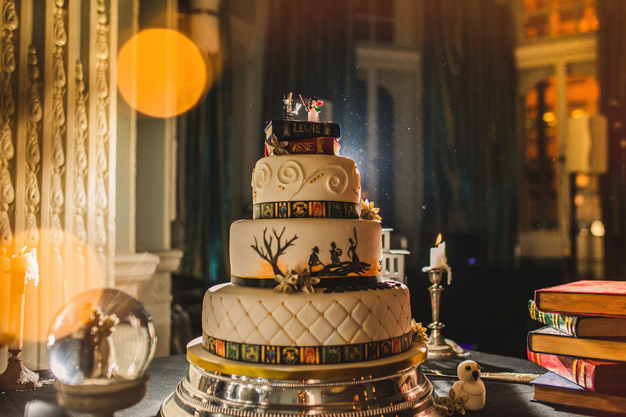 harry-potter-themed-wedding-cassie-lewis-byrom-26